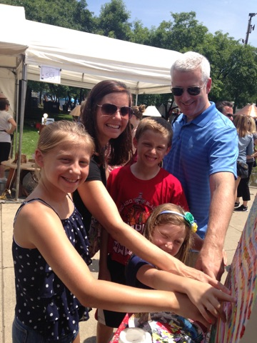 ADORABLE Family from Chicago at Arlington Heights Fine Art Festival