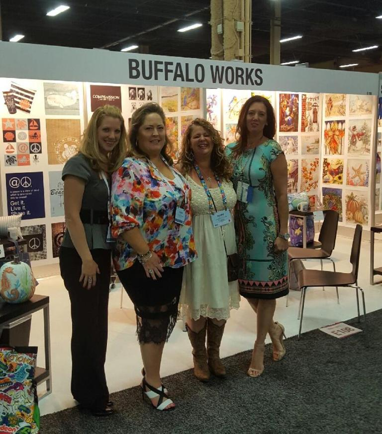 the-buffalo-works-with-debbie-arambula-at-las-vegas-art-licsensing-expo-2016